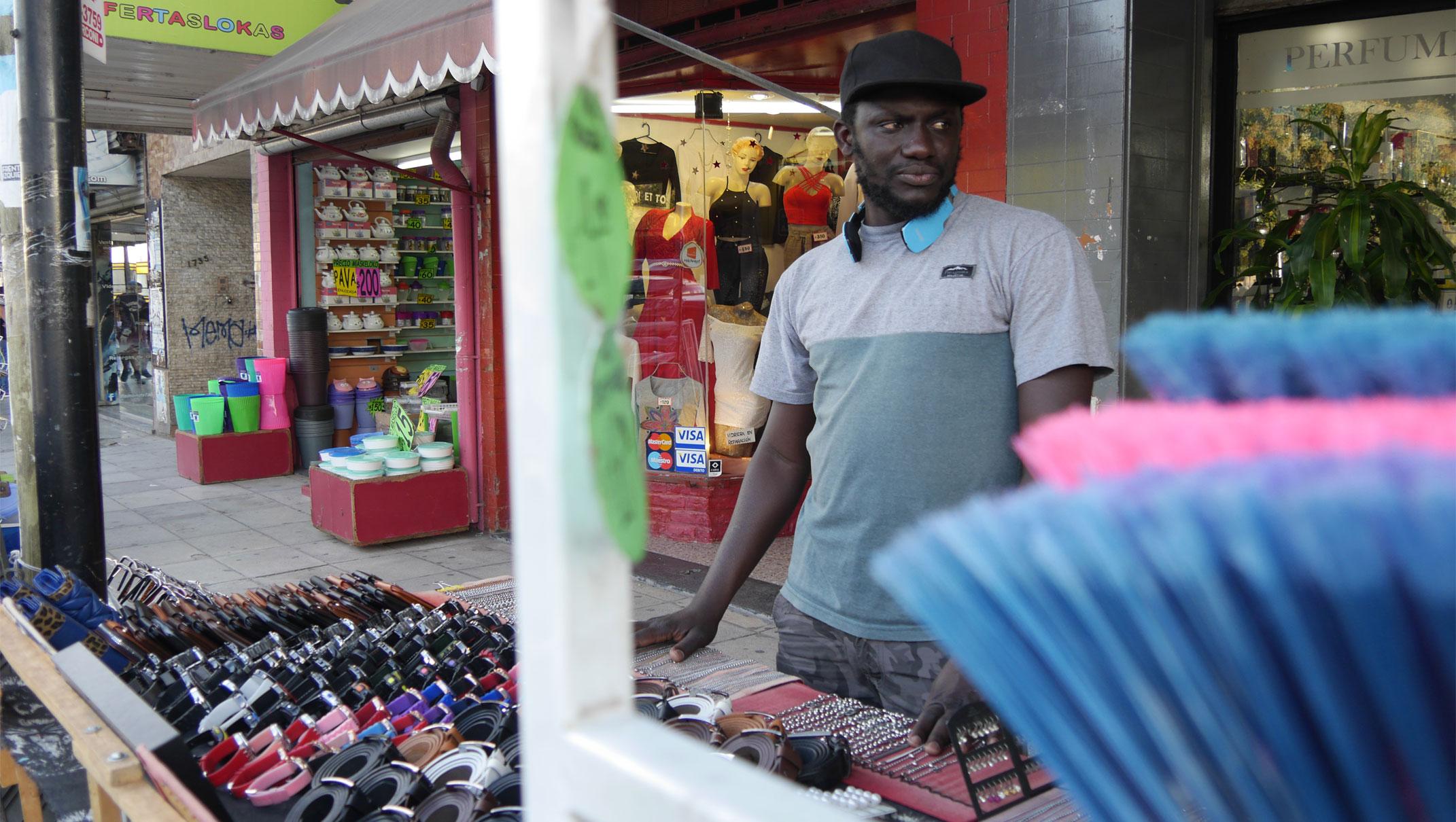 Las vidas paralelas de los inmigrantes senegaleses en Argentina