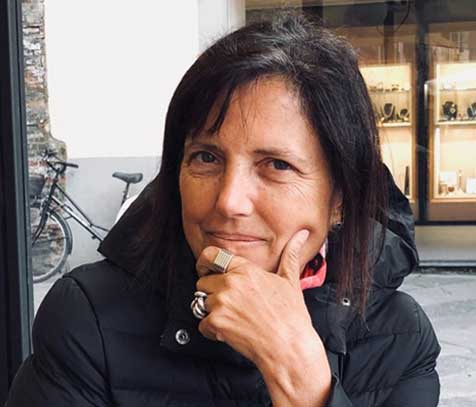 """Claudia Piñeiro: """"Los que trabajamos con el lenguaje tenemos que limar palabras ásperas"""""""