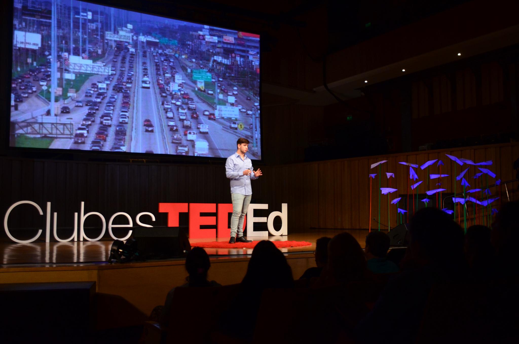 En 400 escuelas de la Argentina, las charlas TED están transformando el modo en que los chicos se comunican