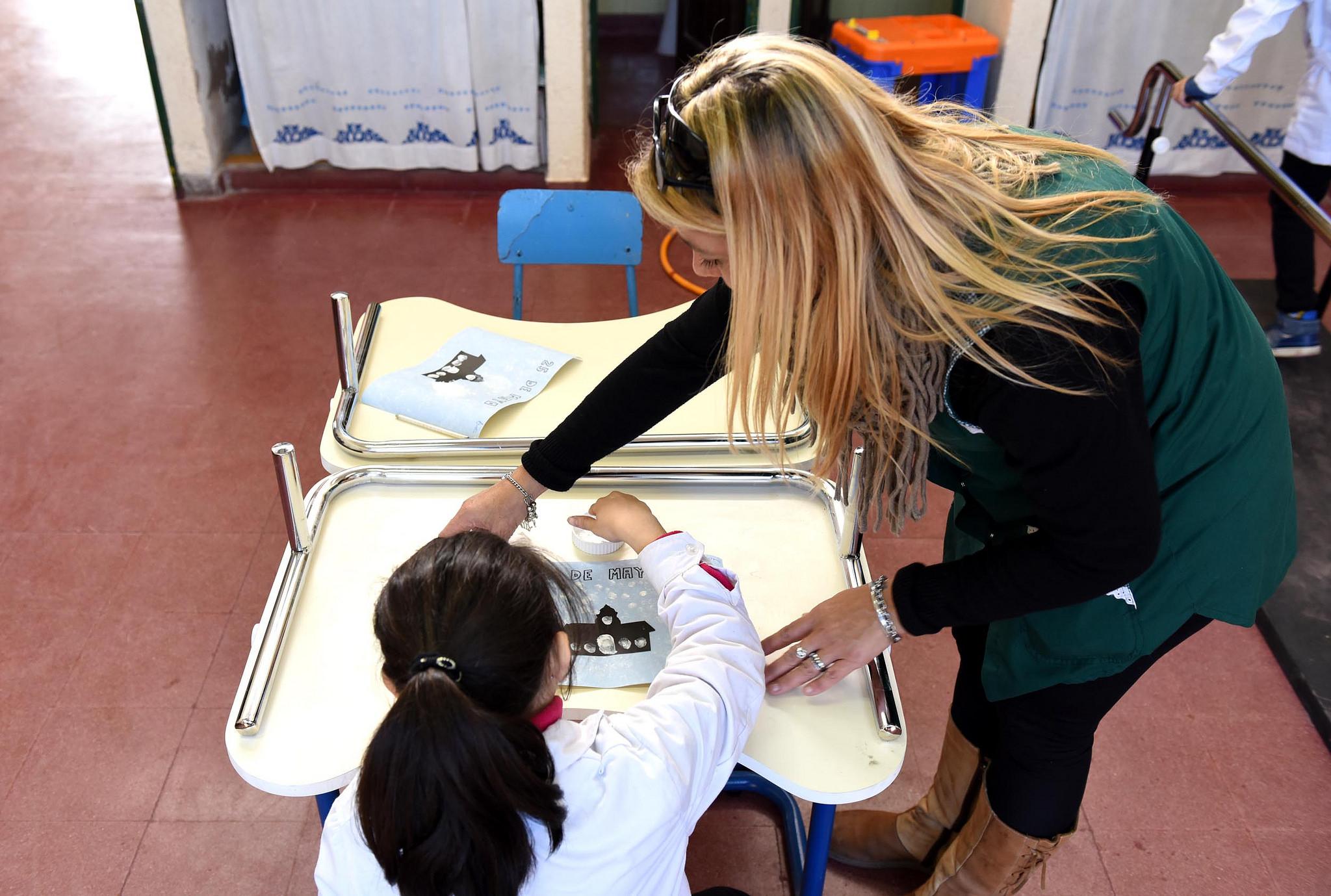 Uno de cada tres maestros trabaja en más de una escuela