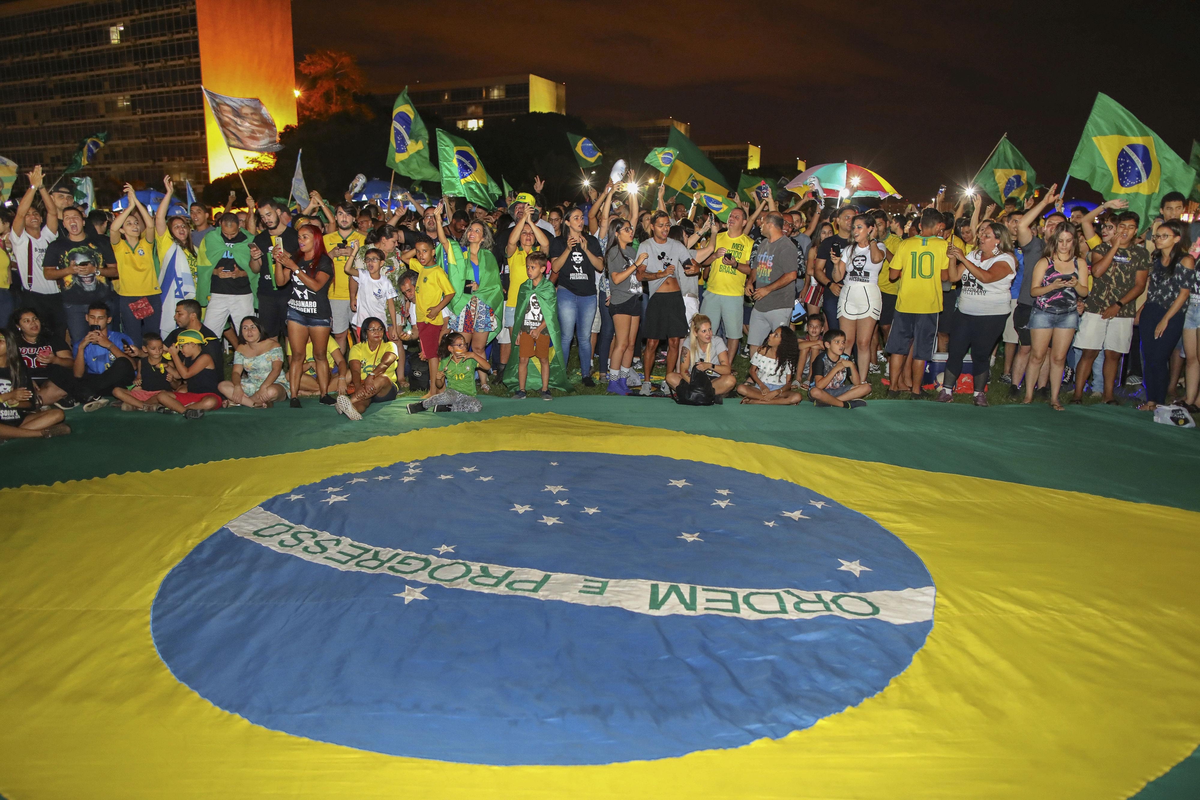 Una radiografía de la victoria de Bolsonaro: su programa y los hombres clave que lo acompañarán