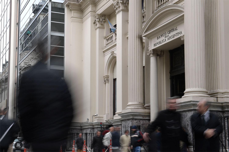¿Puede un país acelerar su crecimiento endeudándose en el extranjero?