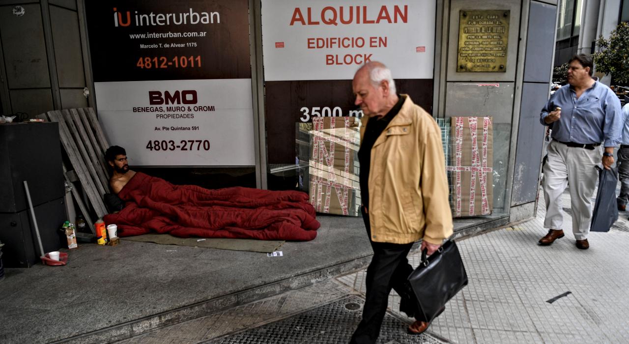Desigualdad en aumento: la brecha entre ricos y pobres en el mundo sigue creciendo