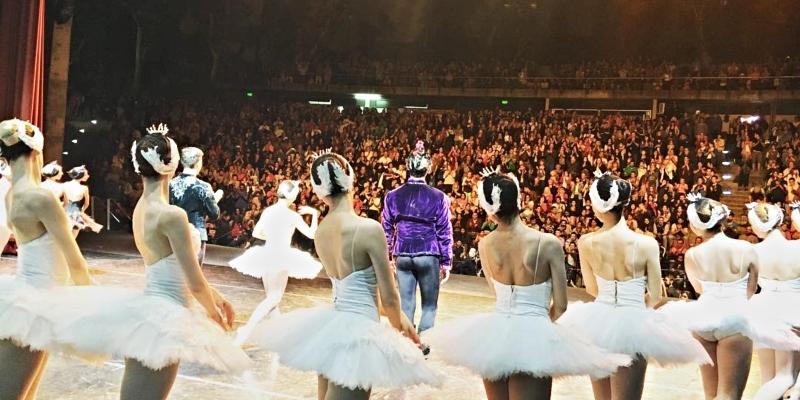 CHILLAX   Ballet bajo las estrellas ?; poesía feminista ???; y vinos solidarios ?