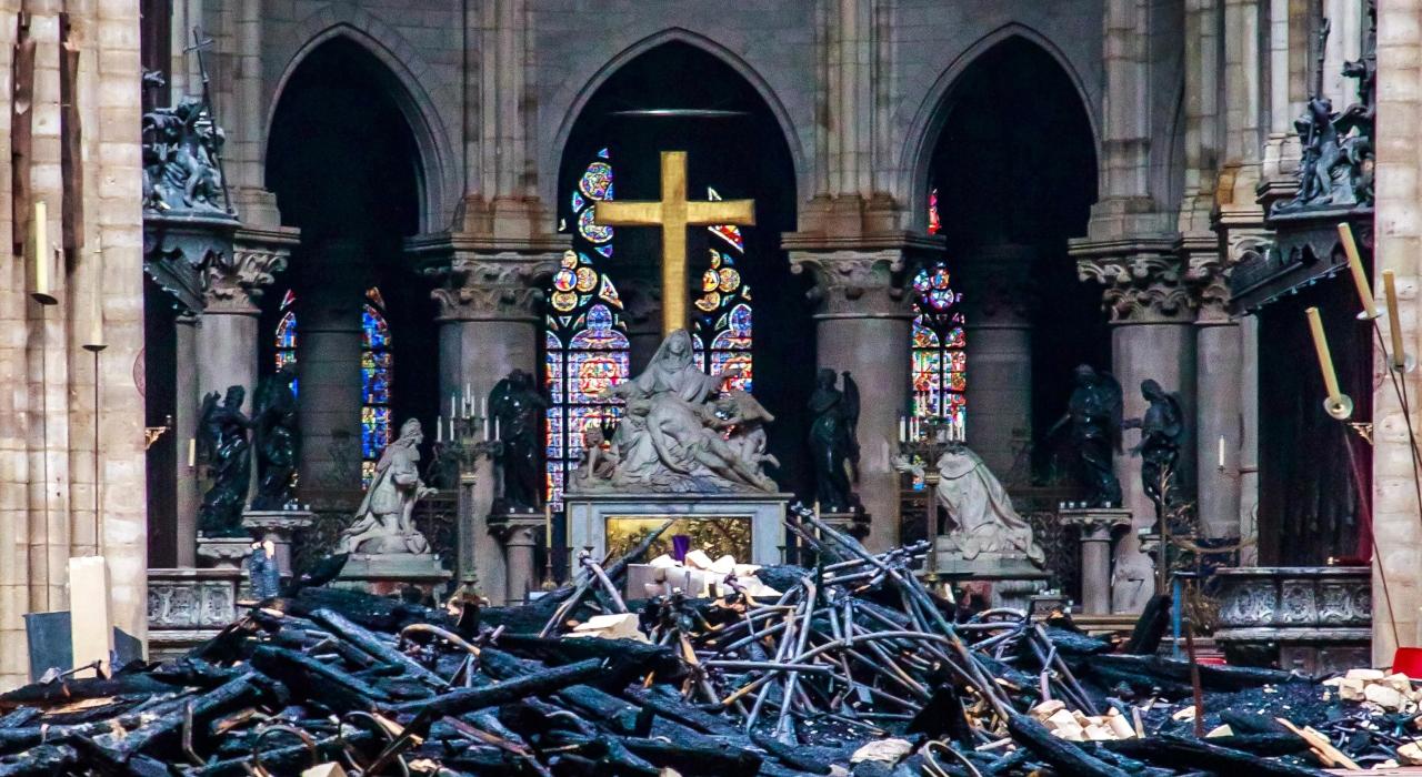 Reconstruirán Notre Dame