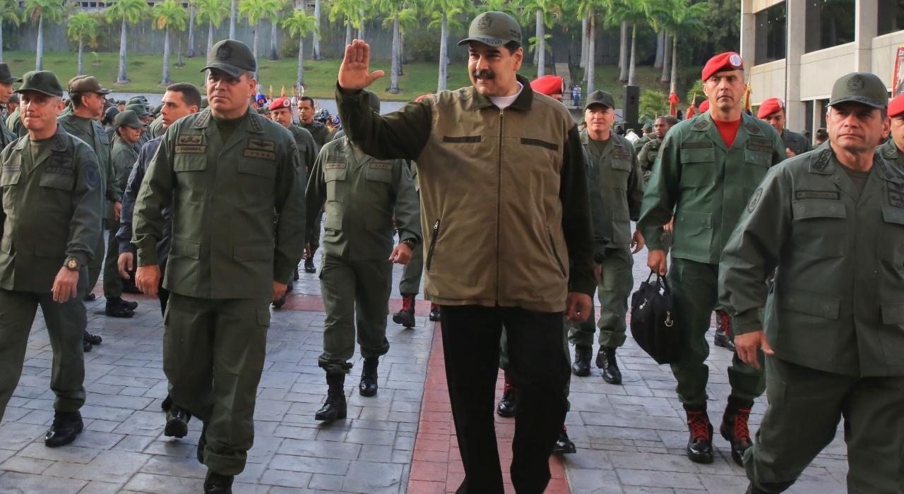 Sigue la tensión en Caracas