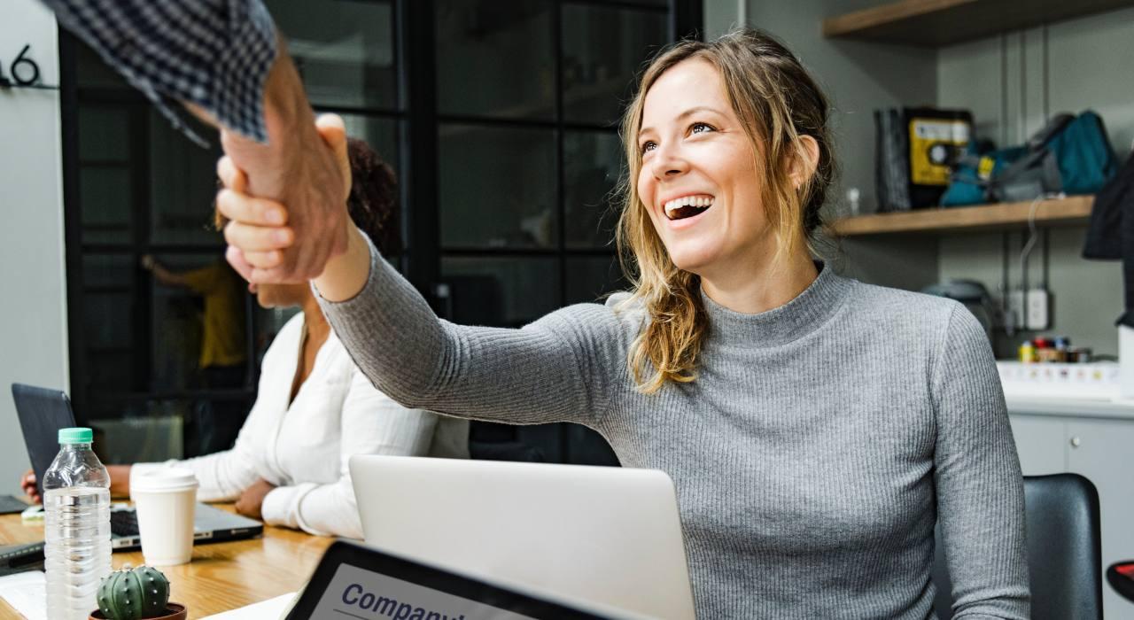 Más allá de la diversidad: las mujeres mejoran el rendimiento y la innovación en las empresas