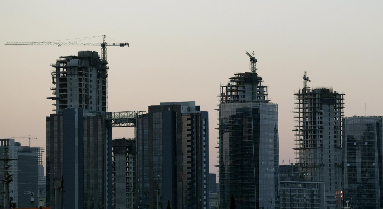 Quién puede vivir en Buenos Aires: cada vez más casas y departamentos de la Ciudad están vacíos