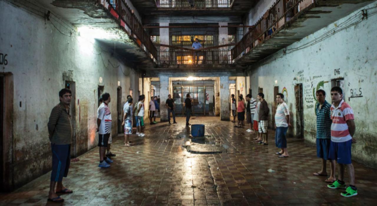 Torturas en la cárcel: si se denuncian, ¿por qué casi no hay condenas?