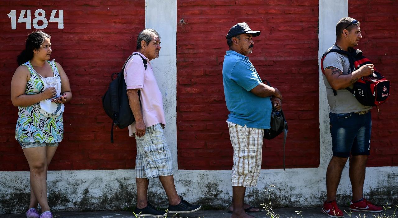 Las herramientas del  Gobierno para aliviar el bolsillo de los argentinos durante la crisis por el  coronavirus