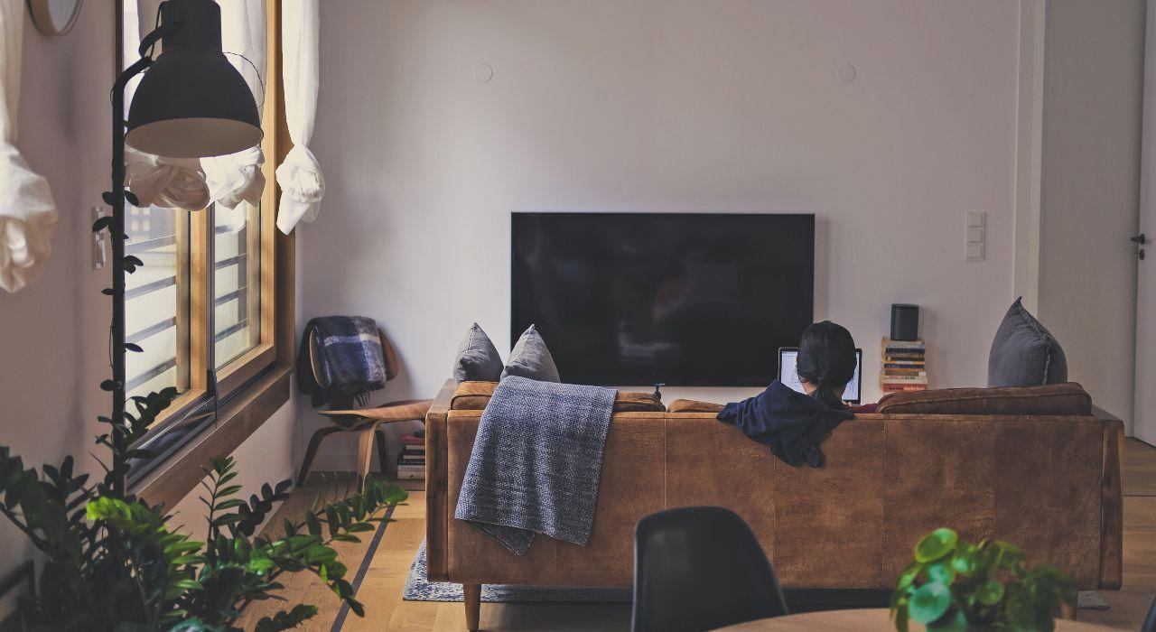 """Cuarentena: podcasts para pasar el tiempo, tips para comer bien y """"salidas"""" culturales sin salir de casa"""