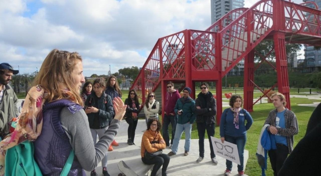 """Carolina Huffmann: """"Pensar una ciudad para, con y por las personas debería ser el objetivo de toda ciudad"""""""