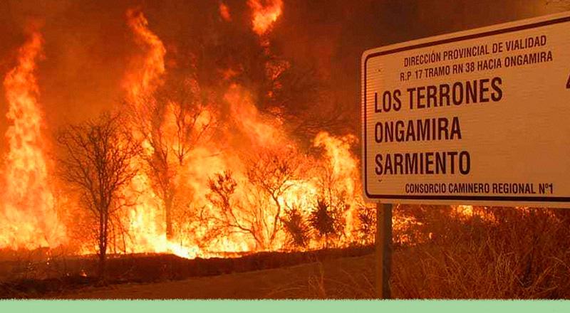 En llamas: por qué el fuego azota a Córdoba y a California