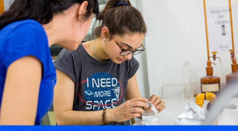 La científica de 21 años que creó un sensor que mide la temperatura de la insulina