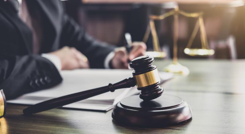 Por qué a los jueces les importa influir en lo que comunican los medios