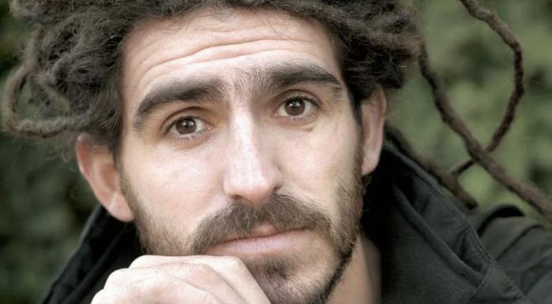 """Manuel Lozano y su apuesta por la educación de los más postergados: """"Es la posibilidad de romper el círculo de la pobreza para siempre"""""""