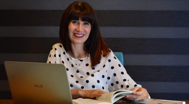 """Sandra Bonetti: """"Docentes y directivos tendremos que modificar hábitos para que las familias, que se sumaron en 2020, sigan dentro de la escuela"""""""