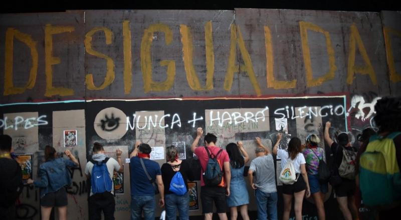 Malestar social, economía y política