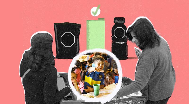 Mujeres de compras ven productos con sello. En el medio, la foto de niños de bajo nivel económico.